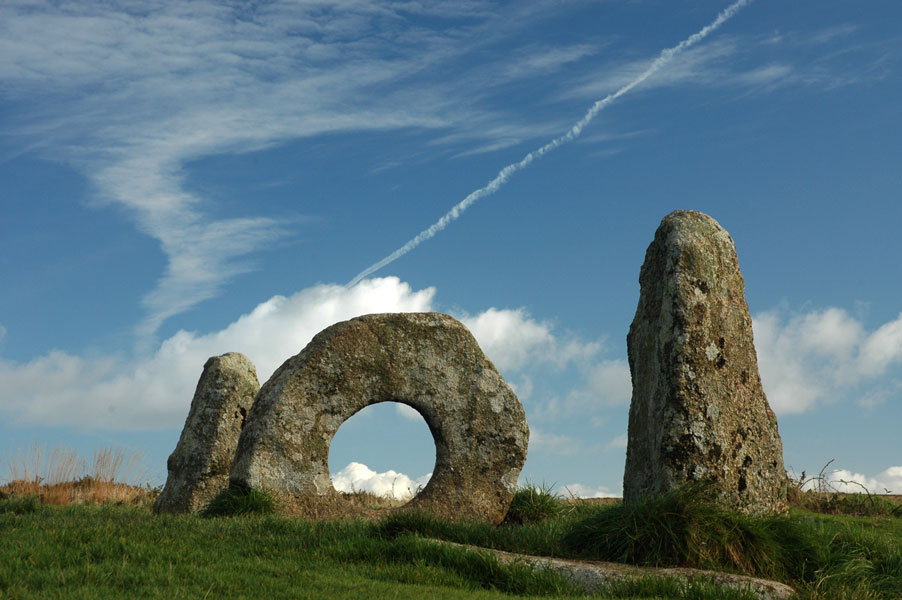 Prehistoric Men-a-Tol site visited on a foraging walk in Cornwall