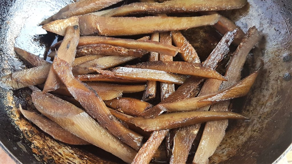 Recipes for burdock roots